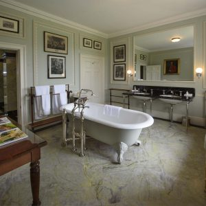 avalon-broughton-hall-bathroom