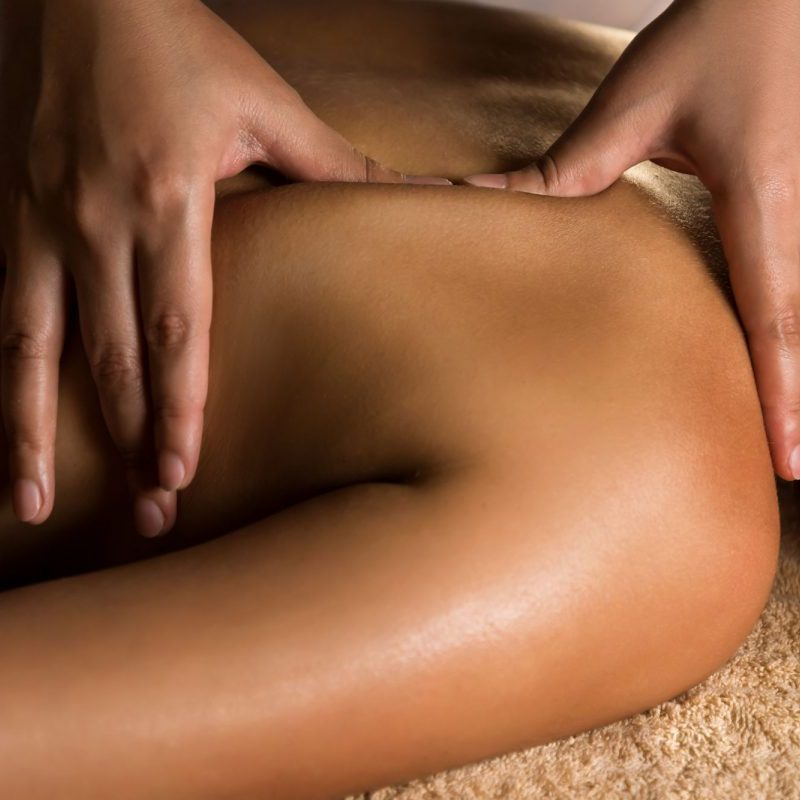 avalon-wellbeing-deep-tissue-massage-treatment